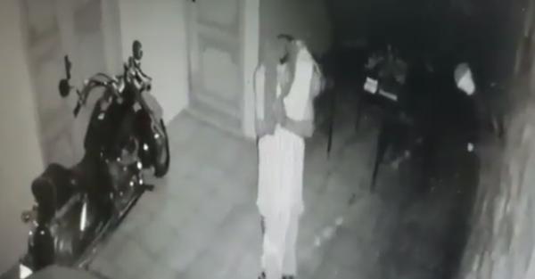 Bandido se benze e agradece ao conseguir furtar casa em Teresina