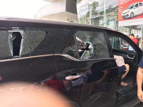 Briga de trânsito provoca tiroteio e pânico em loja de Teresina